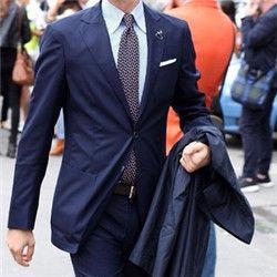 男士穿西装真的会变帅哦!